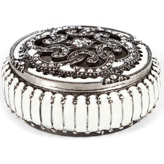 Picture of NAMI trinket box d8cm silver